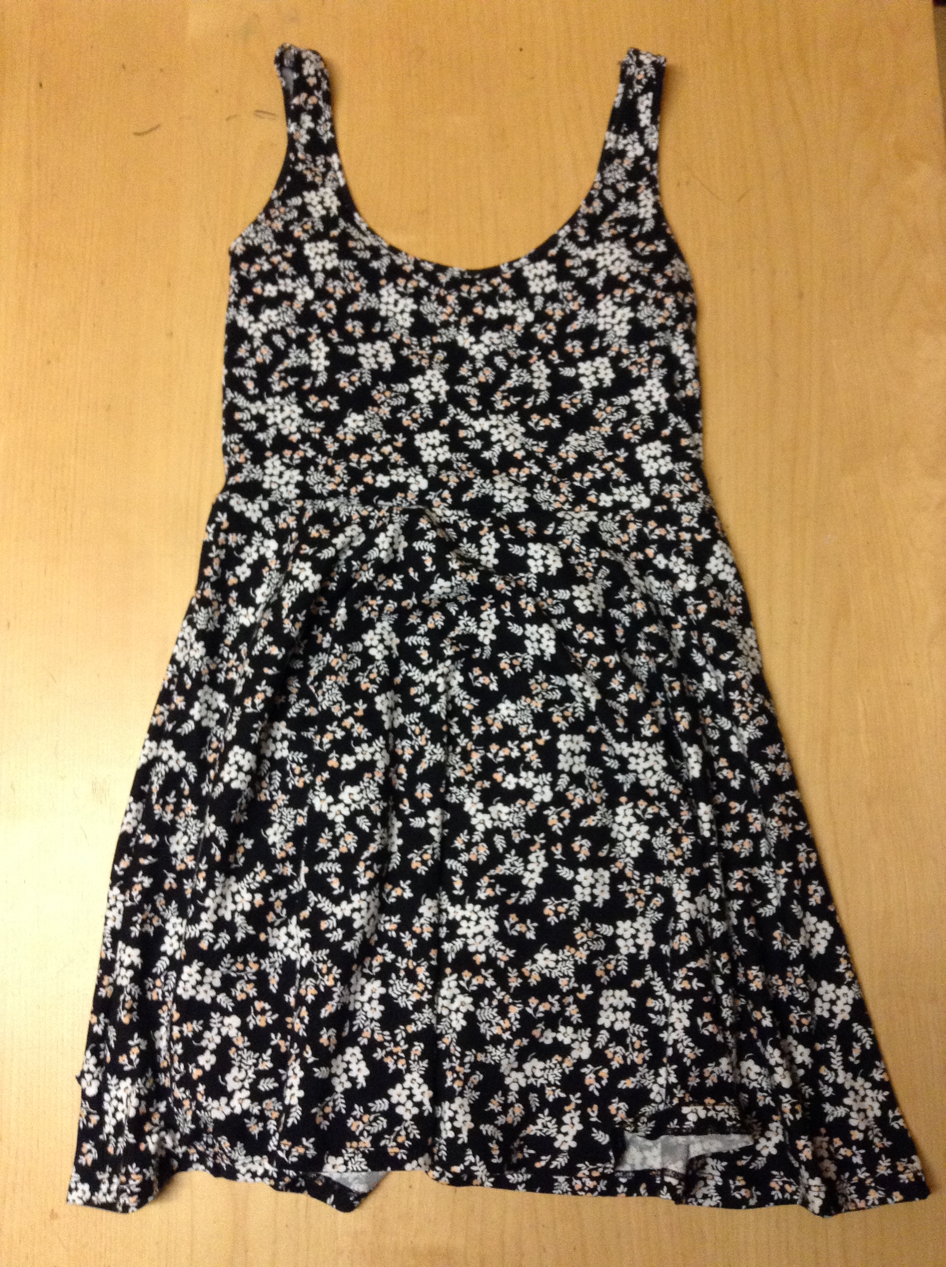 963e8c0dbce9 I got this dress and I just love it! It is a cotton material that is very  light and fluffy. I thought this dress would be perfect for a lot of  different ...